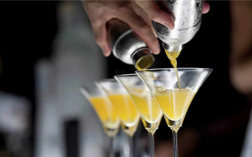 toronto cocktail tour