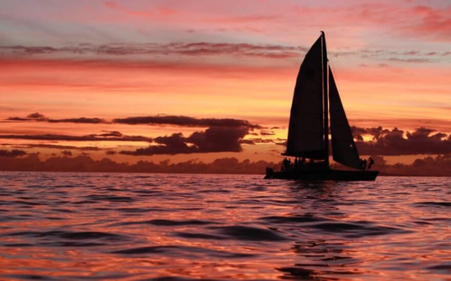Lahaina Champagne Sunset Sail