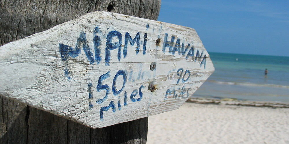 Key West - Sign to Miami & Havana